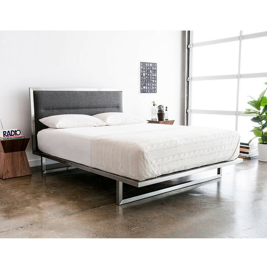 all modern platform bed gus modern midway upholstered platform bed amp reviews 13998