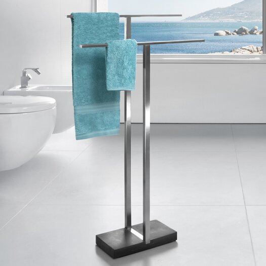 blomus menoto freestanding stainless steel polished towel stand reviews allmodern. Black Bedroom Furniture Sets. Home Design Ideas