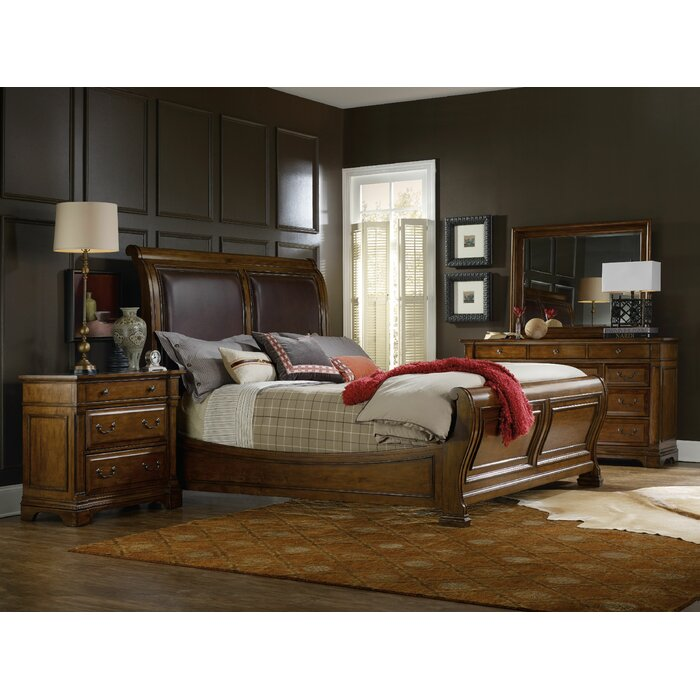 Hooker Furniture Tynecastle Sleigh Customizable Bedroom Set