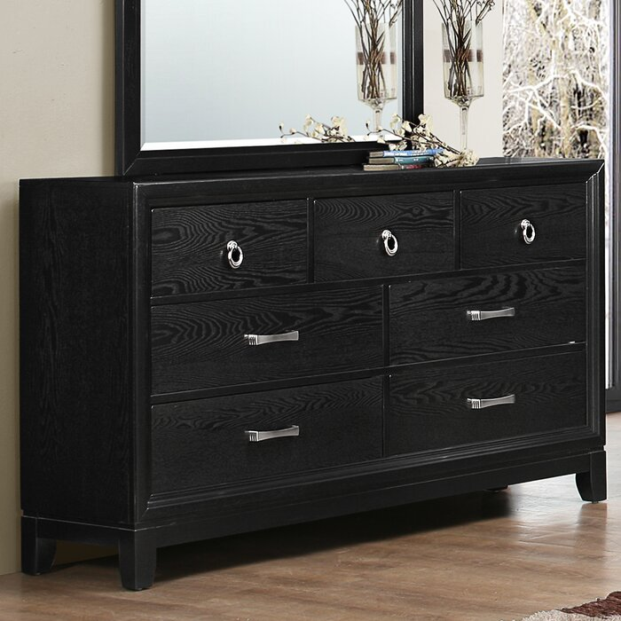 Latitude Run Hosking Panel Customizable Bedroom Set By