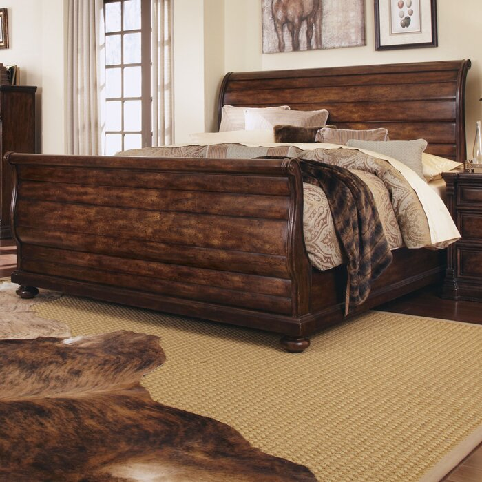 A.R.T. Whiskey Oak Queen Sleigh Bed