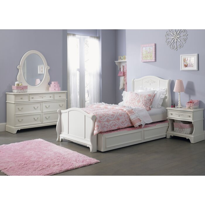 Viv + Rae Choate Sleigh Customizable Bedroom Set