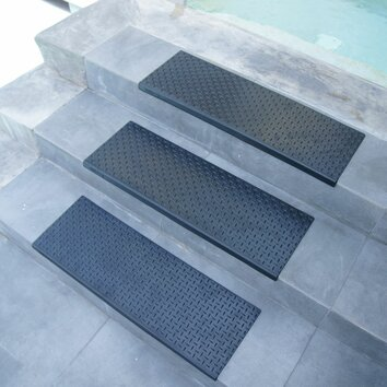 Rubber Cal Inc Quot Diamond Plate Quot Step Non Slip Rubber