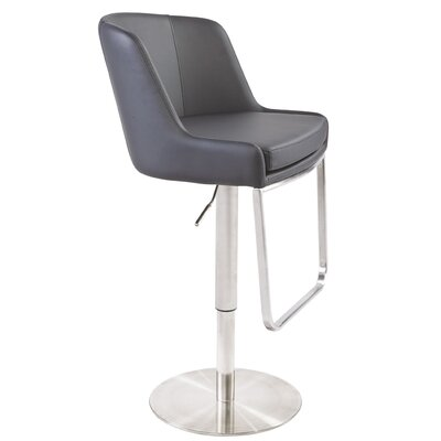 Wade Logan Calmar Bar Stool
