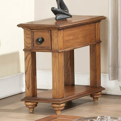 Riverside Furniture Allegheny Chairside Table
