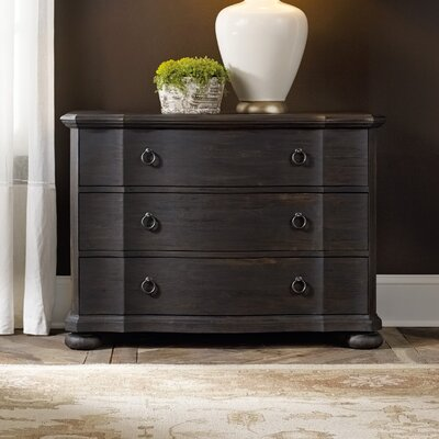 Hooker Furniture Corsica 3 Drawer Bachelor's Chest