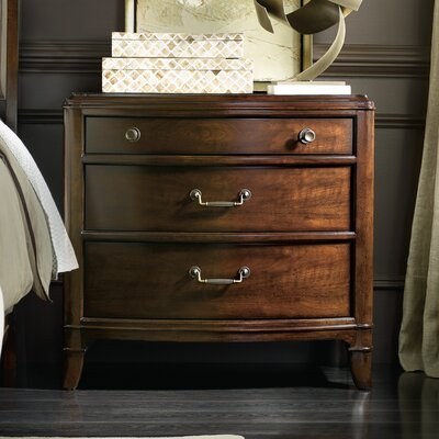 Hooker Furniture Palisade 3 Drawer Bachelor's Chest