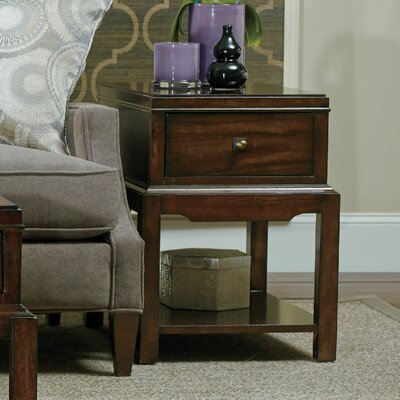 Hooker Furniture Palisade Chairside Table