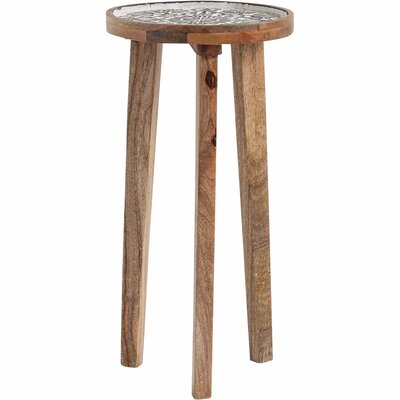 Mercana Braeside III End Table