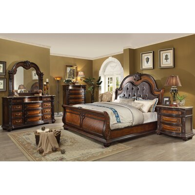 Ultimate Accents Old World Queen Sleigh 5 Piece Bedroom Set