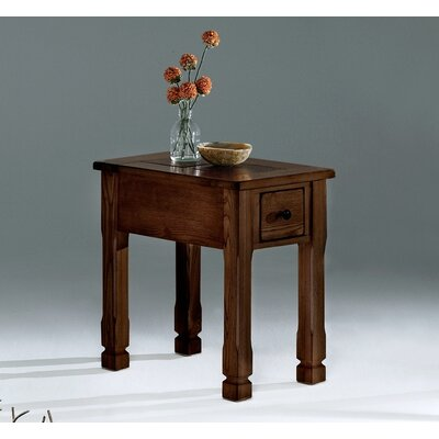 Loon Peak Hotchkiss Chairside Table