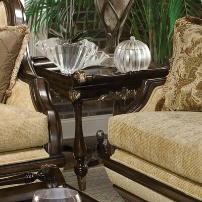 Benetti's Italia Rosetta End Table