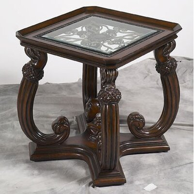 Benetti's Italia Luna End Table