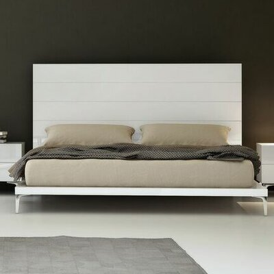 Whiteline Imports Diva Platform Bed