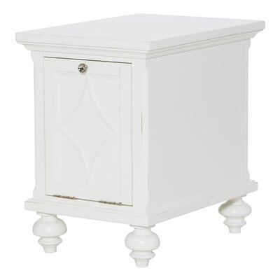 Hammary Lynn Haven End Table