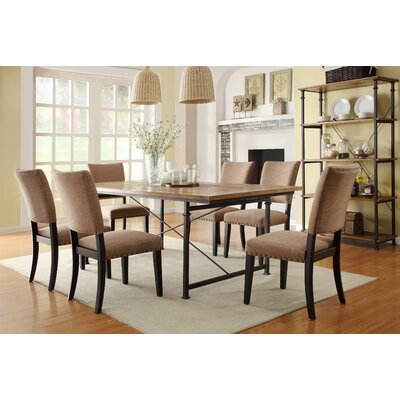 Woodhaven Hill Derry Dining Table