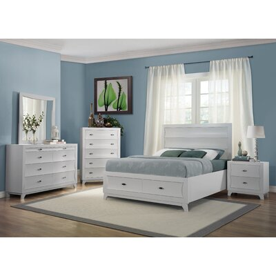 Woodhaven Hill Zandra Queen Platform Customizable Bedroom Set