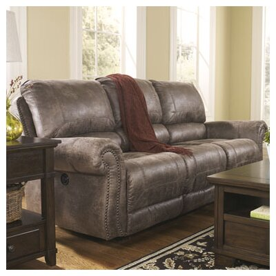 Signature Design by Ashley Evansville Reclining Sofa