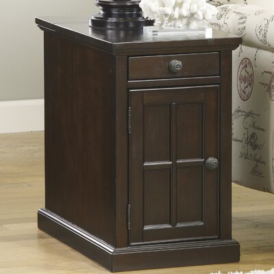 Three Posts Lyman Chairside Table