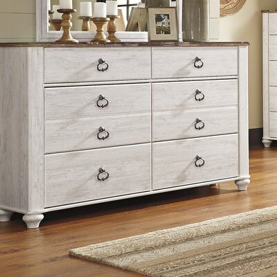 Signature Design by Ashley Willowton 6 Drawer Dresser