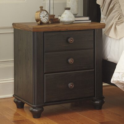 Signature Design by Ashley 3 Drawer Nightstand