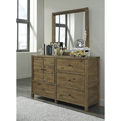 Loon Peak Avsallar 4 Drawer Combo Dresser