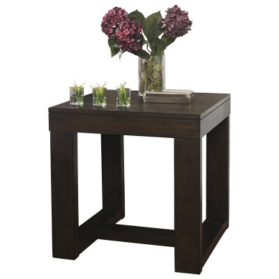 Darby Home Co Cranmore End Table Image