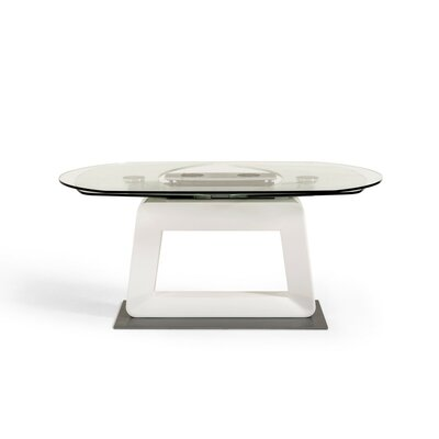 Wade Logan Carter Extendable Dining Table