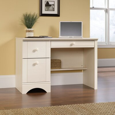 Beachcrest Home Pinellas 3 Drawer Computer Desk with Keyboard Tray