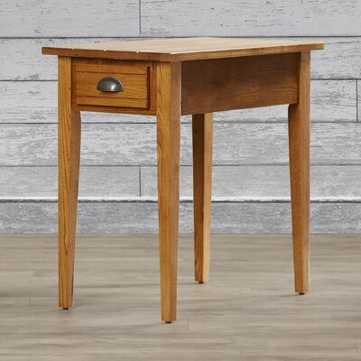 Charlton Home Apple Valley Chairside Table