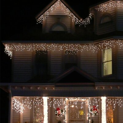 Icelite 110 Solar Icicle String Lights