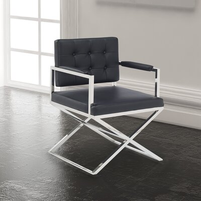 Home Gear Kingpin Arm Chair