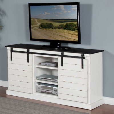 Laurel Foundry Modern Farmhouse Carnesville TV Stand