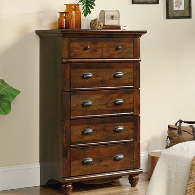 Darby Home Co Crossreagh 5 Drawer Chest