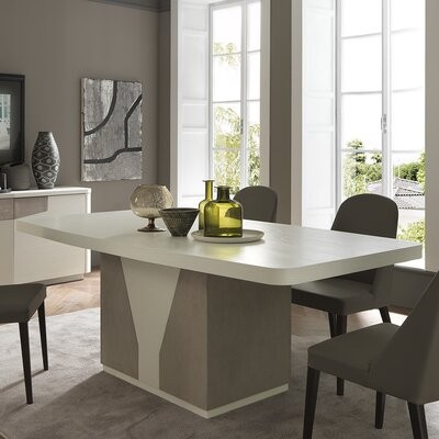 YumanMod Venus Extendable Dining Table