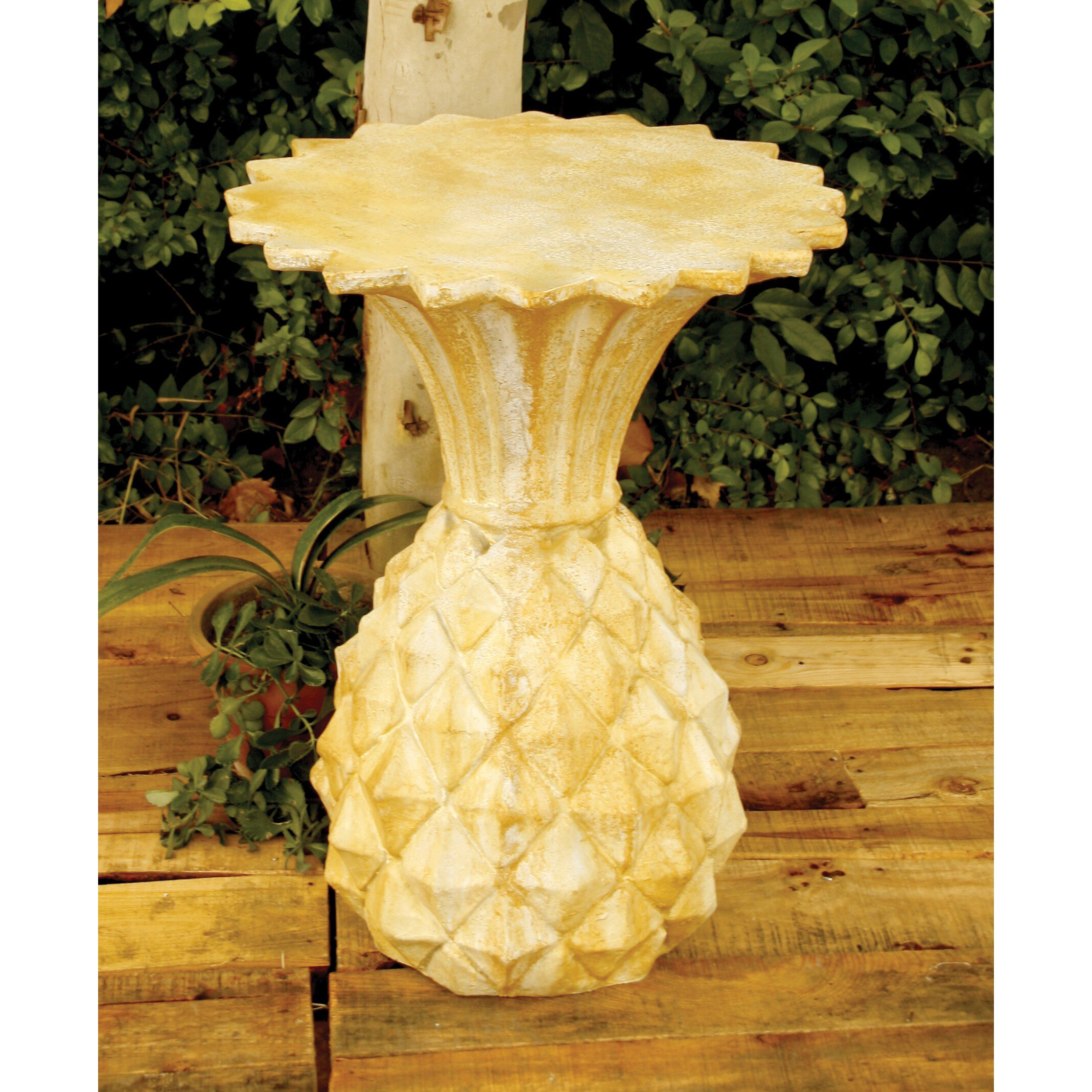 Orlandistatuary Pineapple Stand Outdoor Side Table