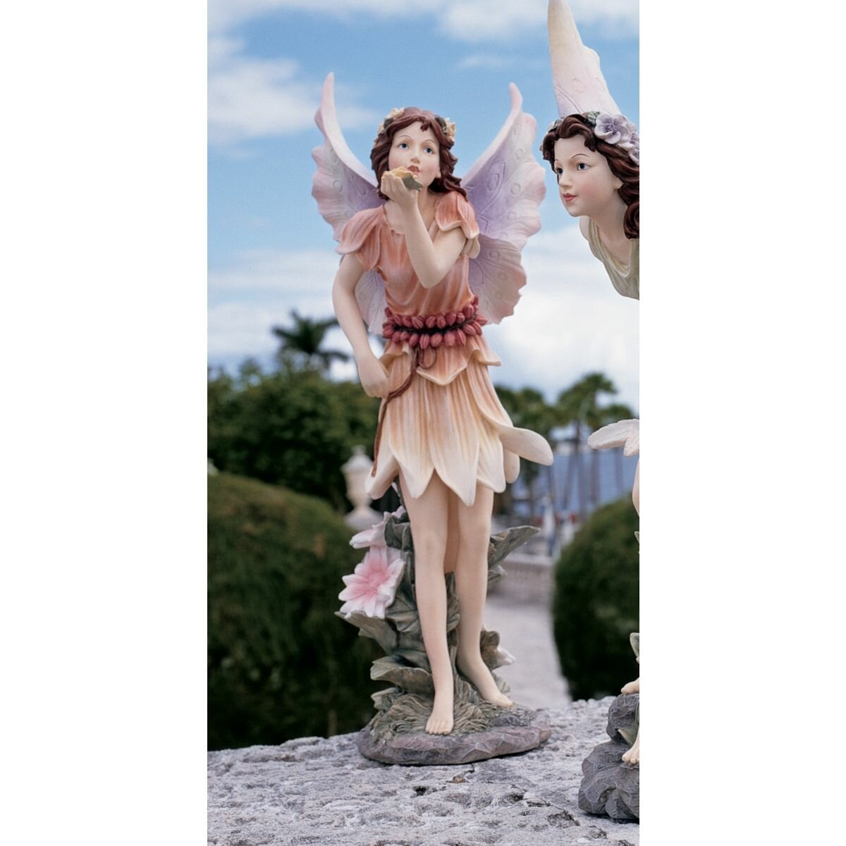 Design Toscano Fairies Of Stratford Blowing A Kiss Statue