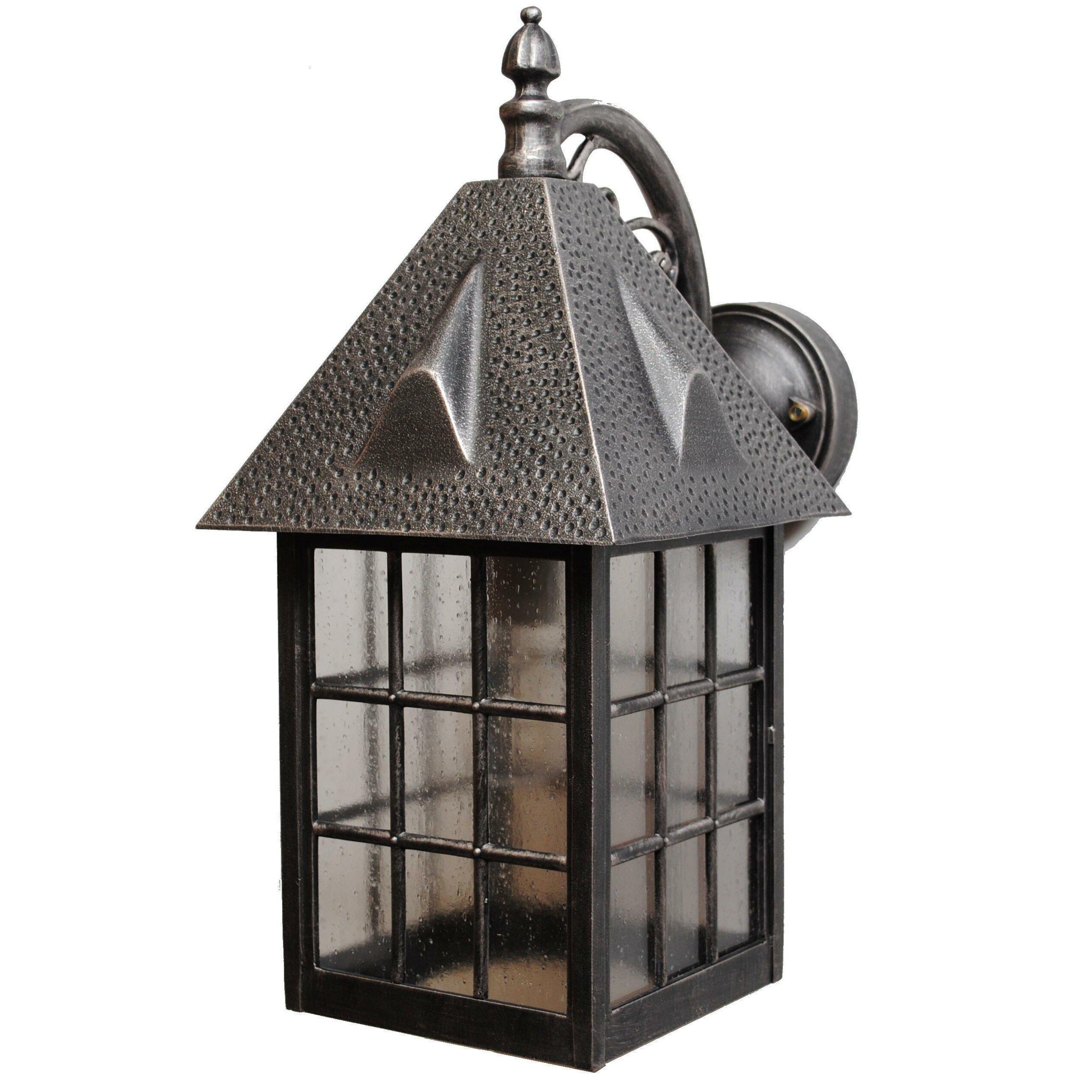 Melissa Kiss Series 1 Light Outdoor Wall Lantern Reviews