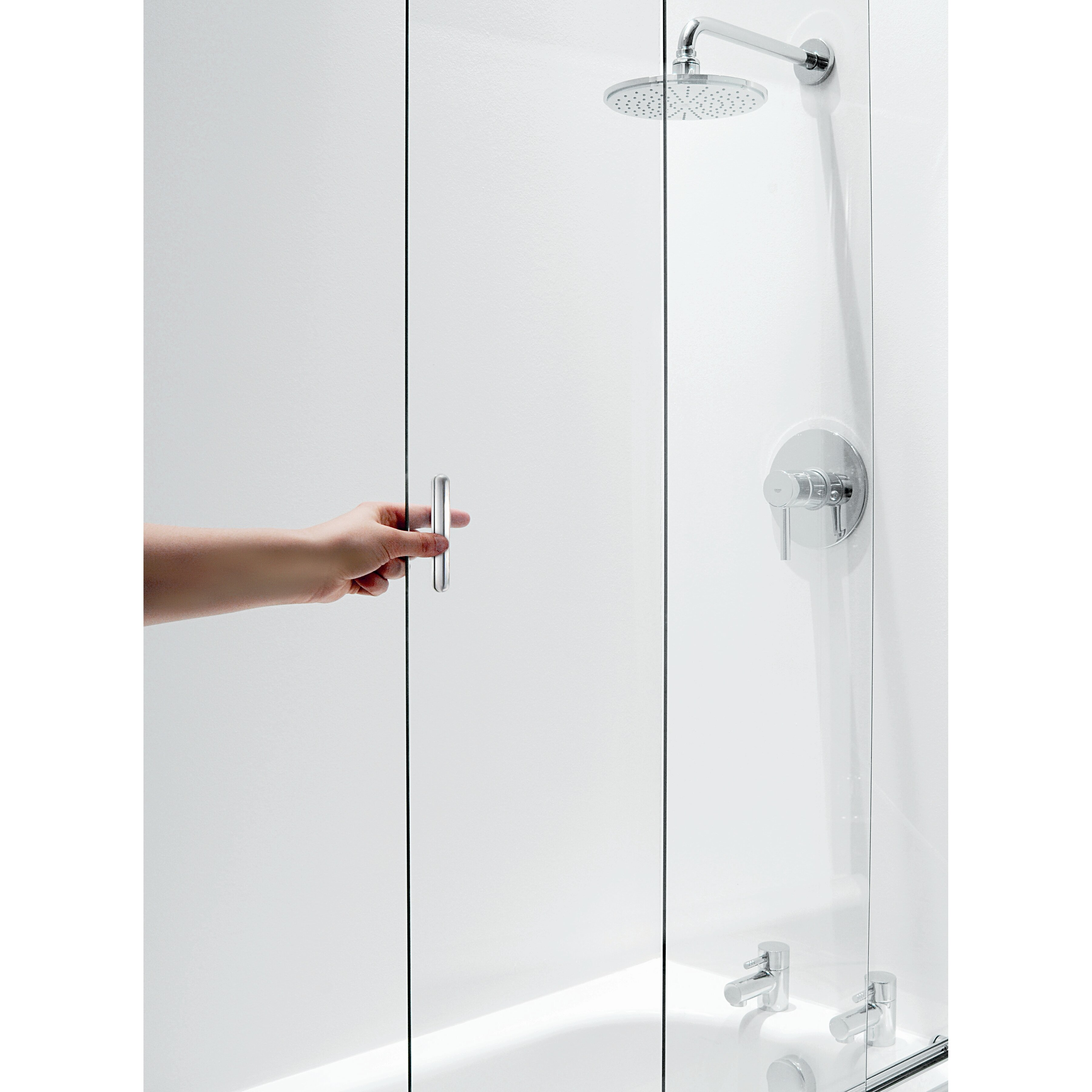 Coram Showers 140cm X 106 5cm Sliding Bath Screen