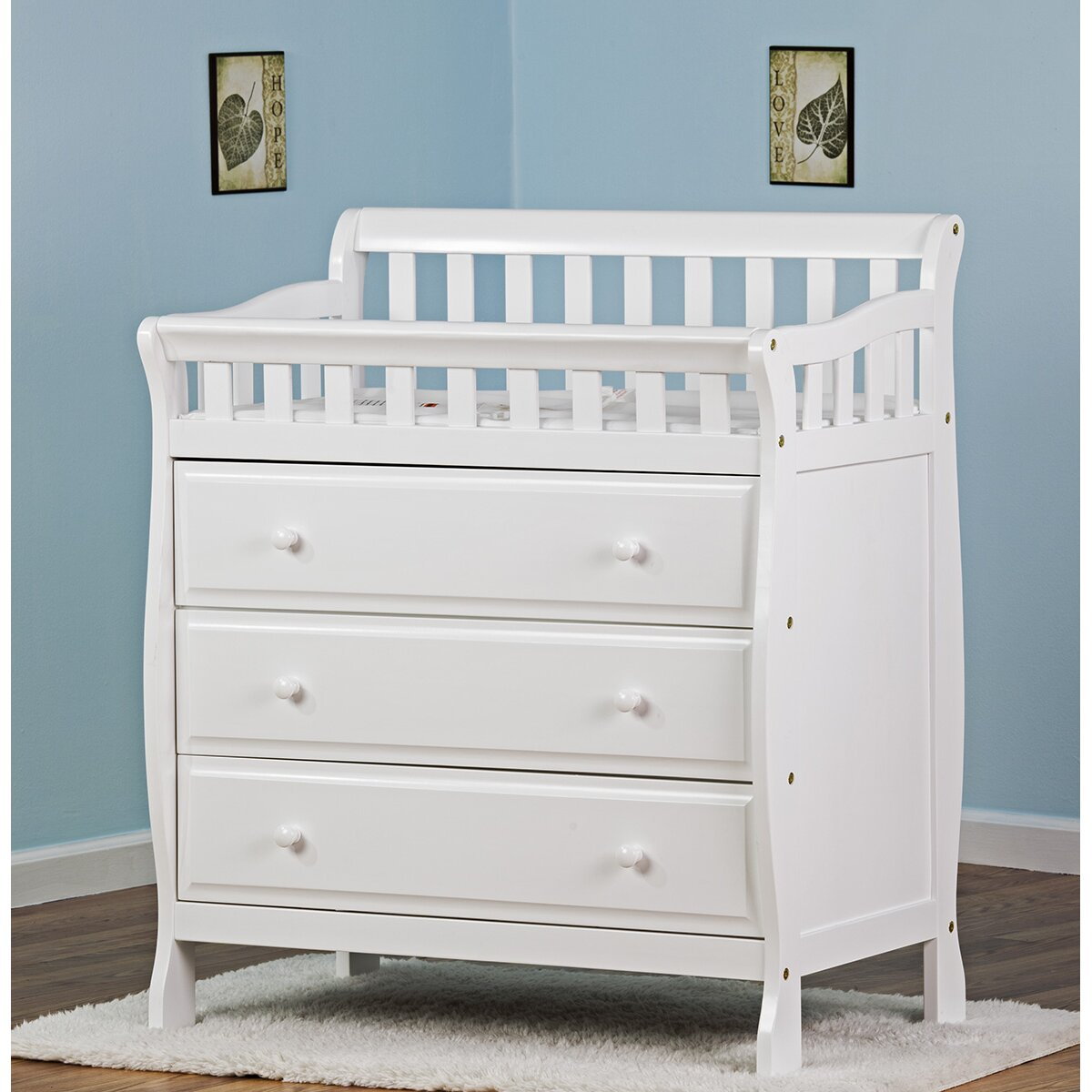dream on me marcus changing table and dresser reviews. Black Bedroom Furniture Sets. Home Design Ideas