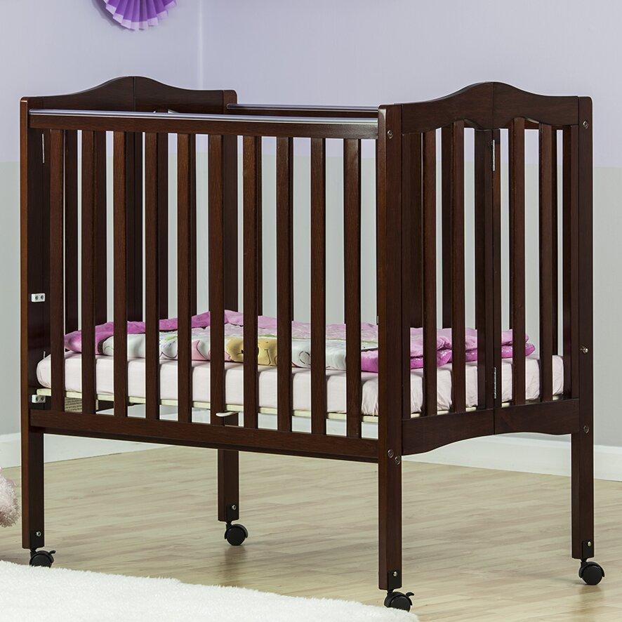 Dream On Me Lightweight 2 In 1 Portable Folding Crib