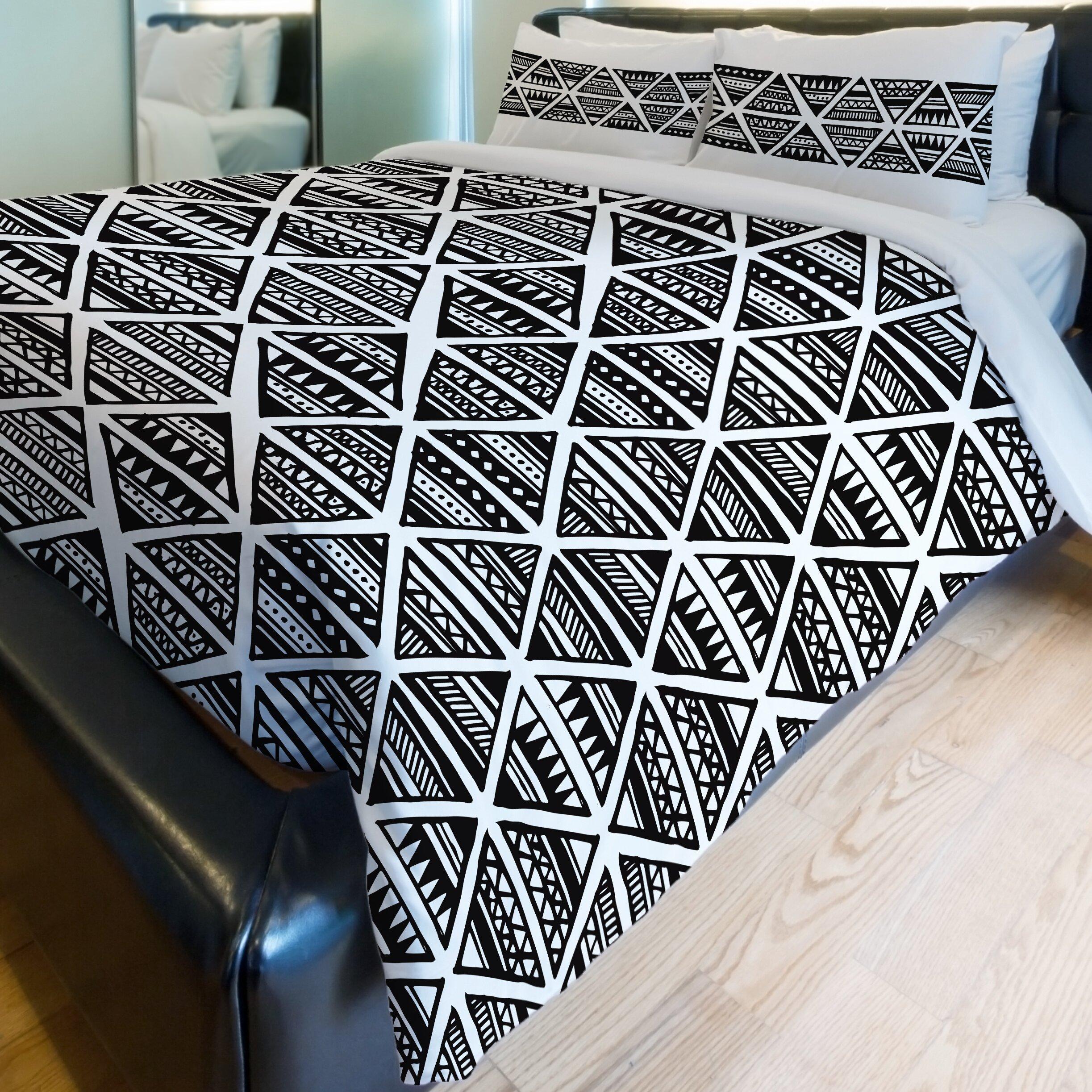 One Bella Casa Tribal Triangles Fleece Duvet Cover