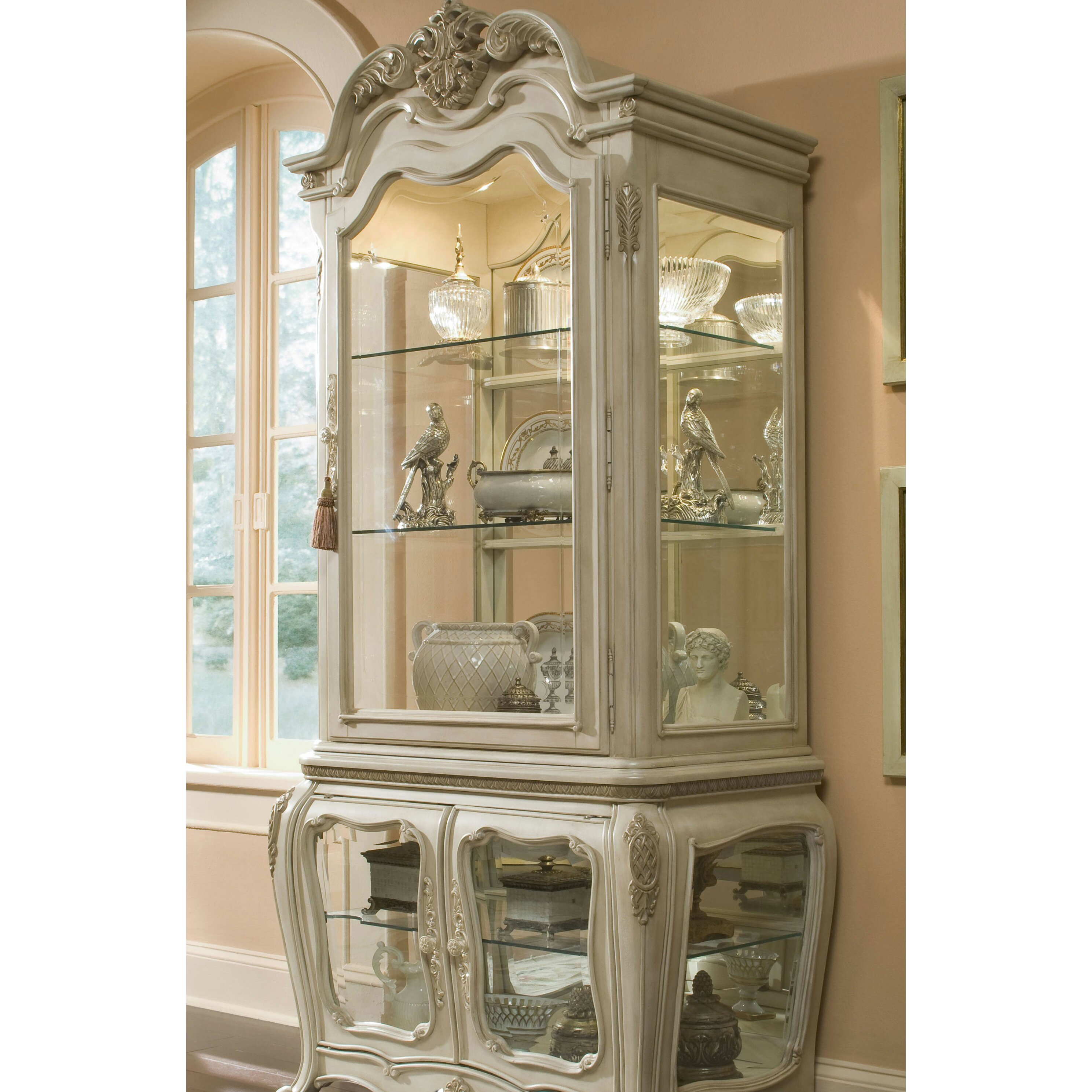 China Curio: Michael Amini Lavelle China Cabinet & Reviews