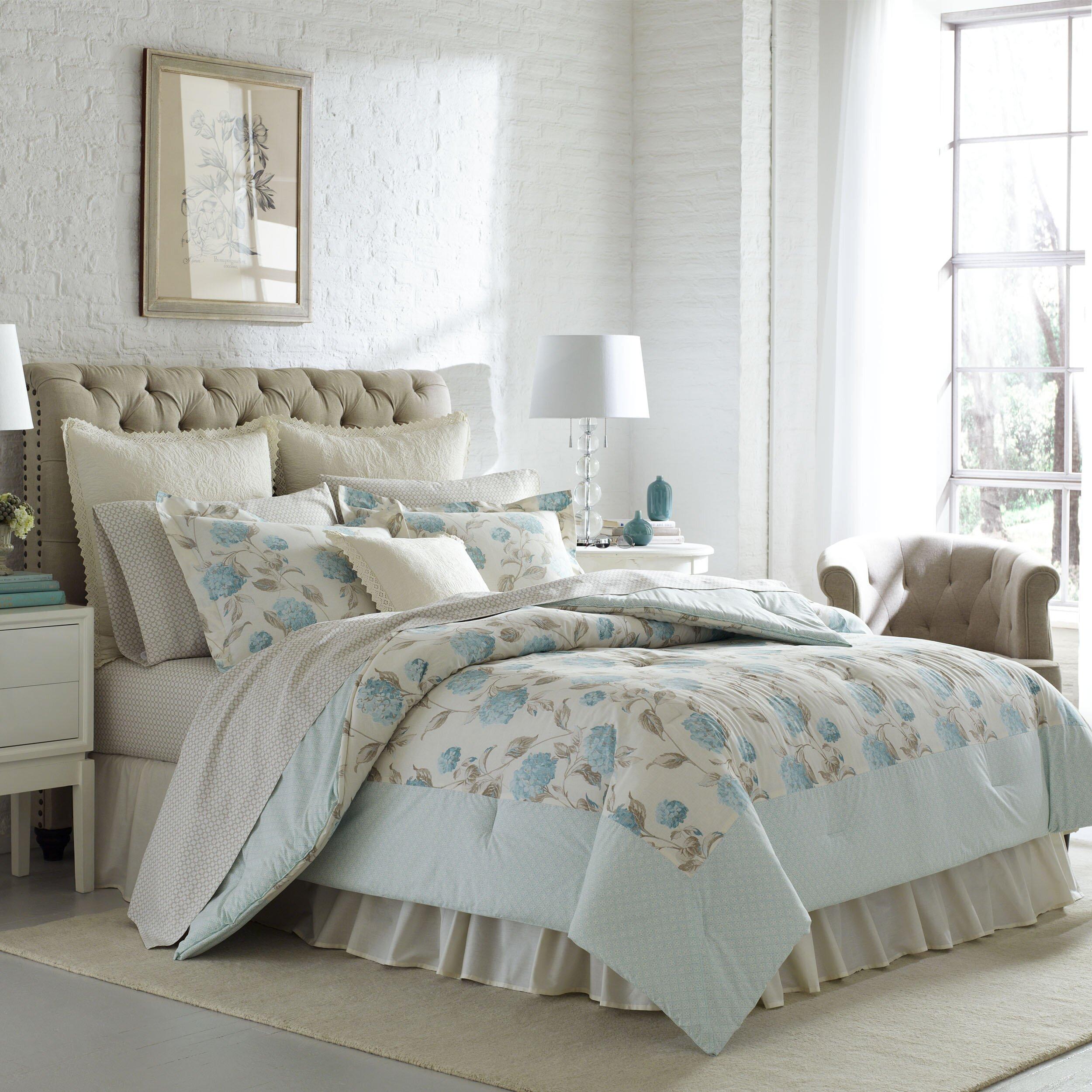 Comforter Sets Queen Ashley: Laura Ashley Home Baylie Comforter Set