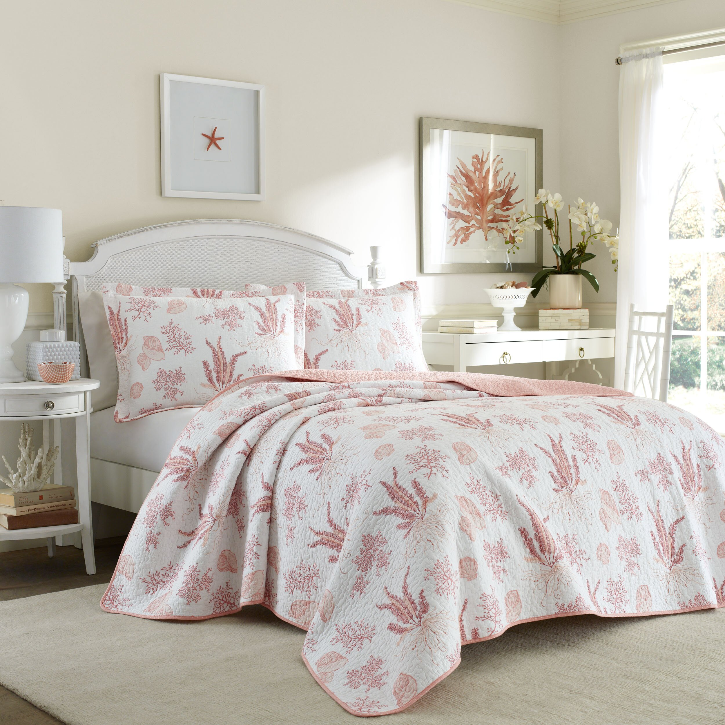 laura ashley home cape coral quilt set reviews wayfair supply. Black Bedroom Furniture Sets. Home Design Ideas