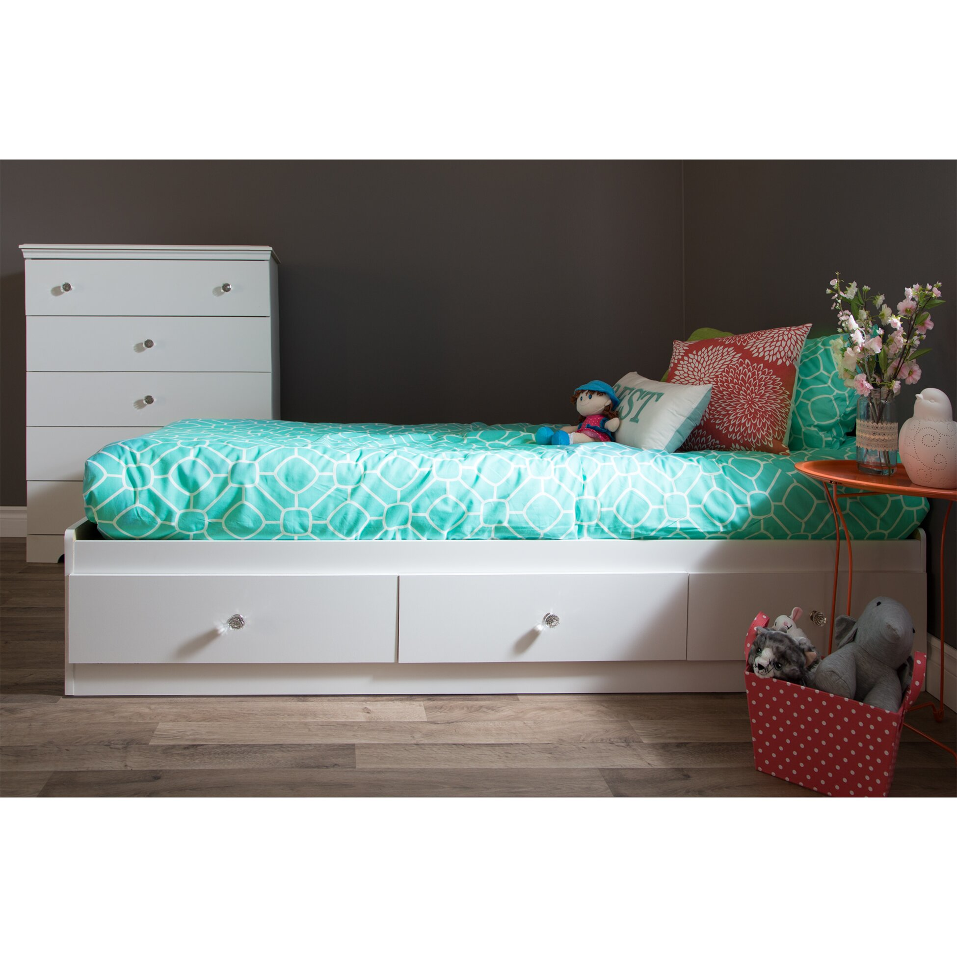 South Shore Crystal Platform Customizable Bedroom Set