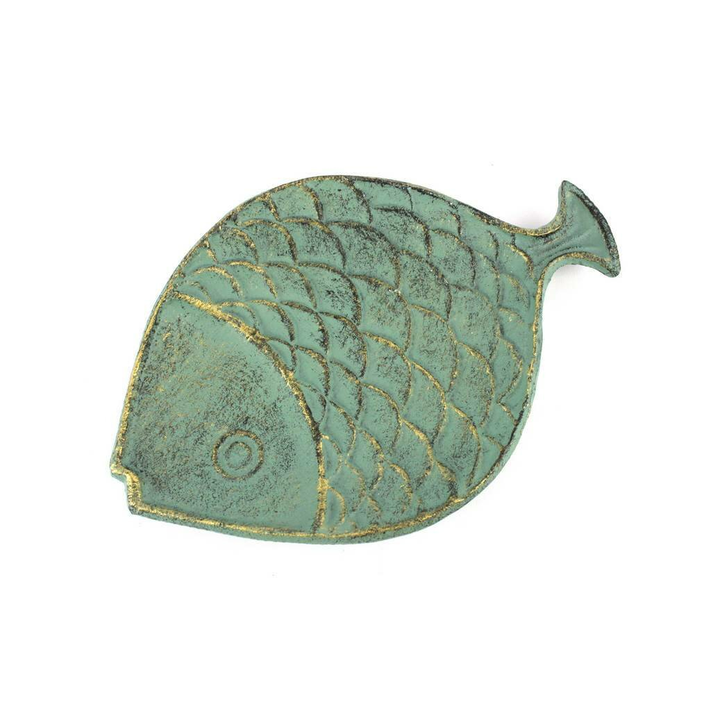 Handcrafted nautical decor cast iron fish decorative plate for Cast iron fish