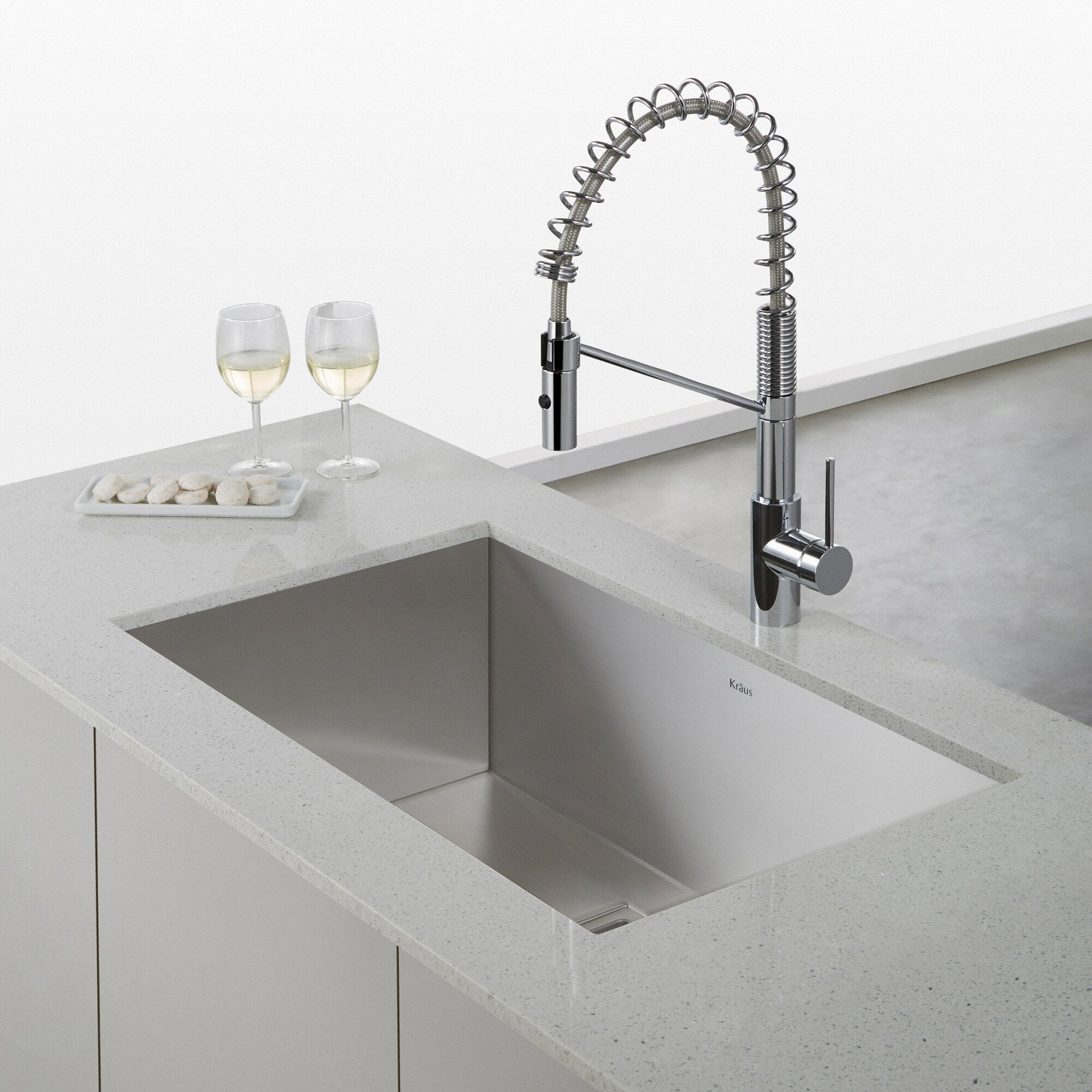 Industrial Style Kitchen Faucet: Kraus Oletto™ Single Lever Commercial Style Kitchen Faucet