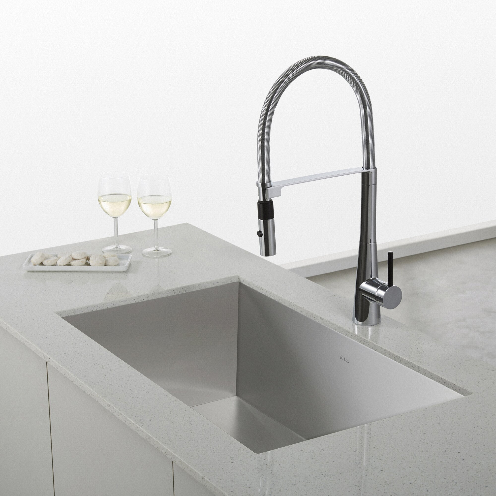 Kraus Crespo™ Single Lever mercial Style Kitchen Faucet