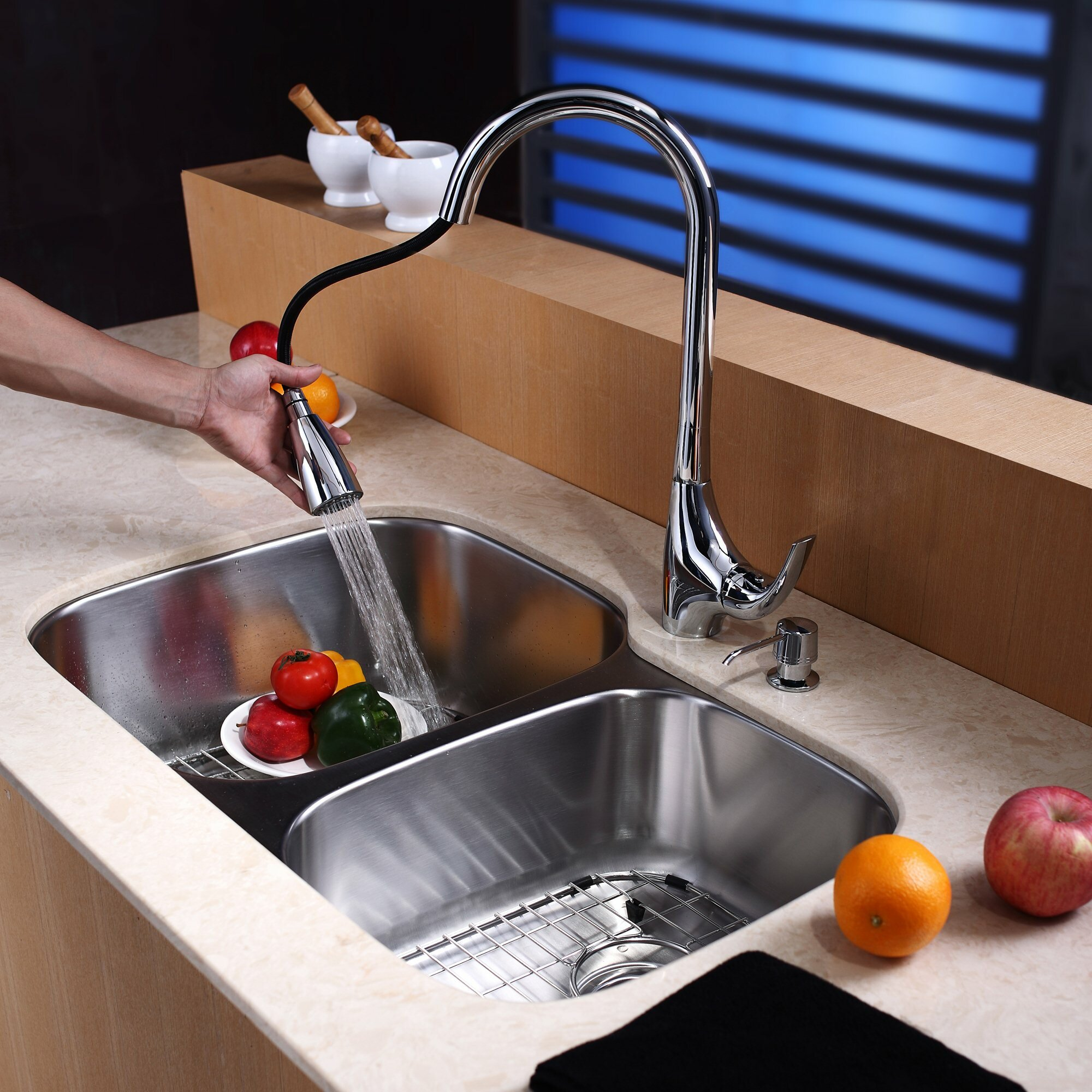 Kraus One Handle Single Hole Kitchen 18 5 Faucet With Soap Dispenser And Pull Out Sprayer